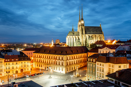 Foto de Night cityscape view on the old town with famous cathedral in Brno city, Czech republic - Imagen libre de derechos