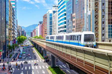 Photo pour The Wenshan and Neihu Lines of Taipei Rapid Transit System - image libre de droit