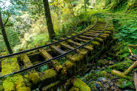 Photo pour Abandoned railway tracks in Yilan, Taiwan - image libre de droit
