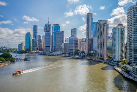 Photo pour Brisbane skyline, capital of Queensland, Australia - image libre de droit