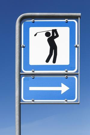 Photo pour Golf course direction symbol - image libre de droit