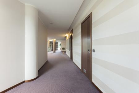 Foto de Luxury hotel corridor - Imagen libre de derechos