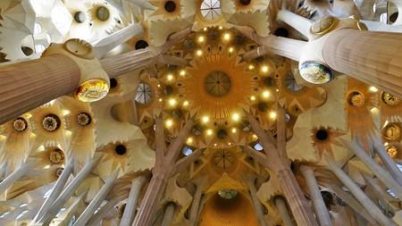 Foto de Only Gaudí can figure it out.Sagrada Familia, Barcelona - Imagen libre de derechos