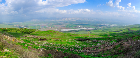 Photo pour Panoramic view of the Jordan River valley, south of the Sea of Galilee. Northern Israel - image libre de droit