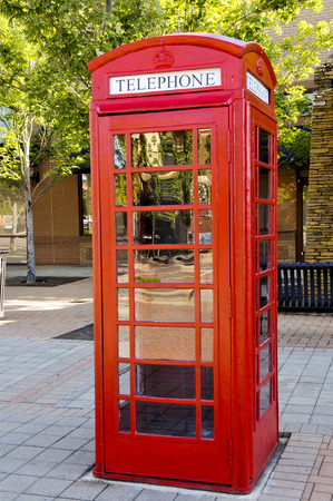 Foto de Vintage phone booth used before the age of cell phones - Imagen libre de derechos