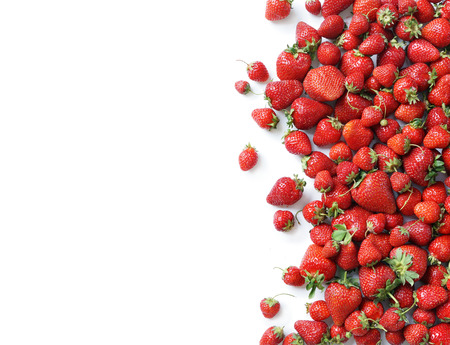 Foto de Fresh strawberry isolated white background. Copy space. Top view, high resolution product. - Imagen libre de derechos