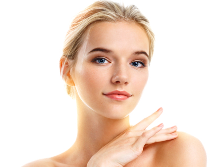 Photo pour Sensual young girl touching her perfect skin isolated on white background. Beauty & Skin care concept - image libre de droit