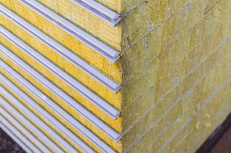 Foto de Packing sandwich panel sustainable insulated. Fiber material for wall building. - Imagen libre de derechos