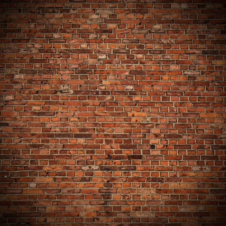 Foto de red brick wall texture grunge background with vignetted corners to interior design - Imagen libre de derechos