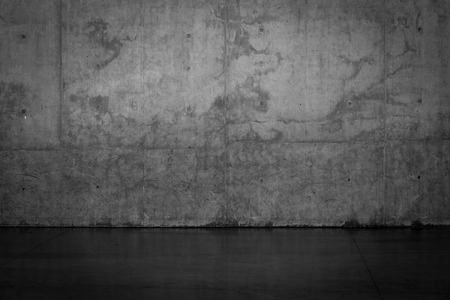 Foto de Grungy dark concrete wall and wet floor for background texture - Imagen libre de derechos