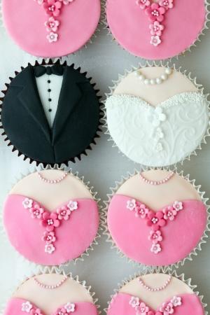 Photo pour Wedding party cupcakes - image libre de droit