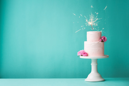 Foto per Birthday cake with sparkler - Immagine Royalty Free