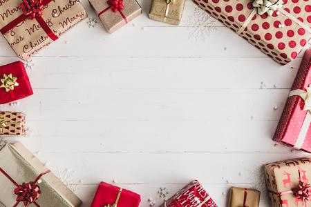 Foto de Christmas gifts overhead view - Imagen libre de derechos