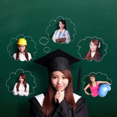 Photo pour Smile student woman graduating and think her future and job - image libre de droit