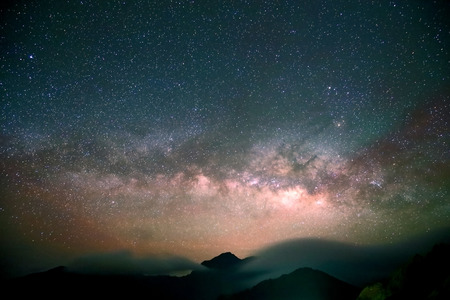 Photo pour Amazing Star Night - night scene milky way background in the galaxy - image libre de droit