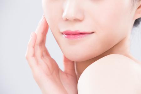 Photo pour close up of beauty woman lip on the gray backgorund - image libre de droit