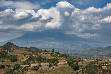 Photo pour Volcano park in Rwanda - image libre de droit