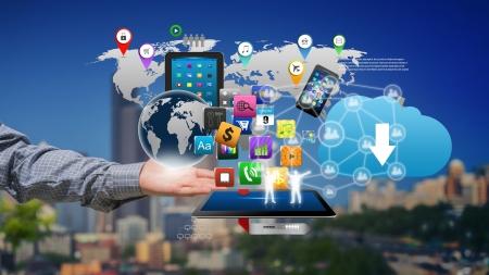 Photo pour Technology in the hands of businessmen - image libre de droit