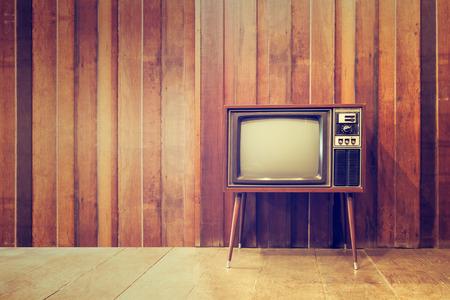Foto de Old vintage television or tv,in vintage style - Imagen libre de derechos