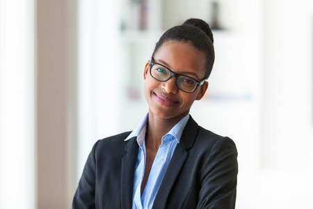 Foto de Portrait of a young African American business woman - Black people - Imagen libre de derechos