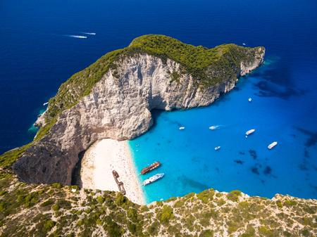 Foto de Aerial  view of Navagio beach Shipwreck view in Zakynthos (Zante) island, in Greece - Imagen libre de derechos