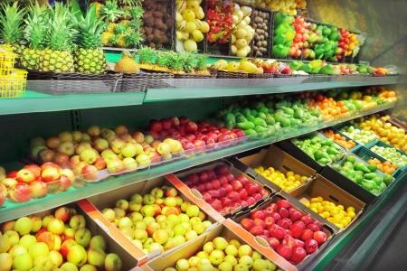 Foto de Fruits in supermarket - Imagen libre de derechos