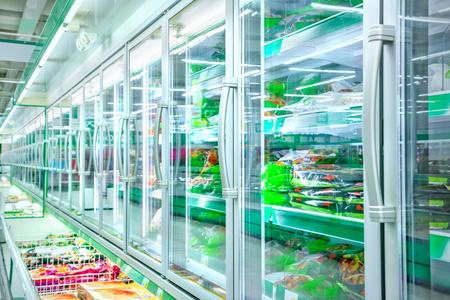 Foto de Refrigerator in the supermarket - Imagen libre de derechos