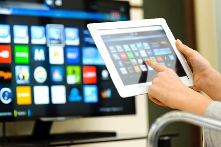 Foto de smart tv - Imagen libre de derechos