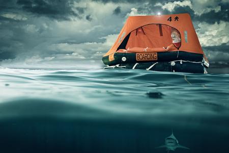 Foto de Rescue island floats on the sea - Imagen libre de derechos
