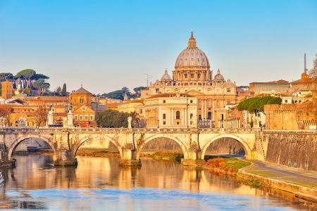 Foto de View at Tiber and St  Peter - Imagen libre de derechos
