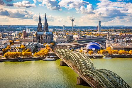 Foto de Aerial view of Cologne, Germany - Imagen libre de derechos