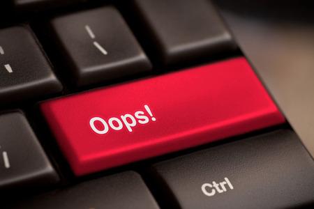 Foto de oops word on key showing fail failure mistake or sorry concept - Imagen libre de derechos