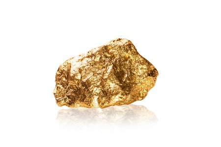 Photo pour Gold nugget isolated on white background  - image libre de droit