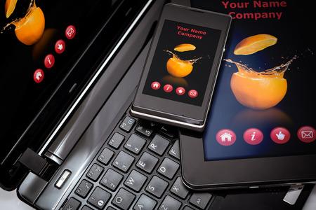 Photo pour Responsive web design on mobile devices phone, laptop and tablet pc - image libre de droit