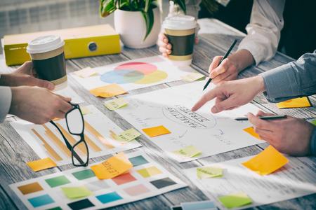 Foto de Brainstorming Brainstorm Business People Design Planning - Imagen libre de derechos