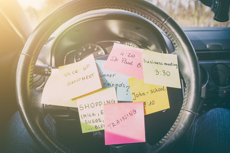 Foto de busy work do post notes list chaotic stress errands multitask overloaded concept - stock image - Imagen libre de derechos