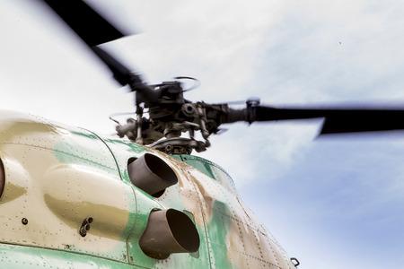 Foto de Rotating rotor of the helicopter close-up - Imagen libre de derechos
