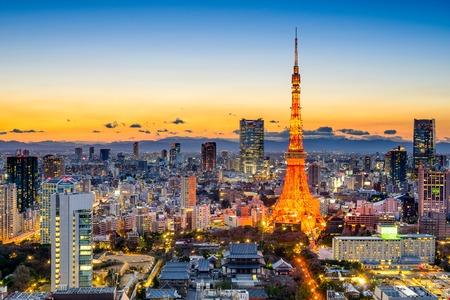 Photo pour Tokyo, Japan skyline at Tokyo Tower. - image libre de droit