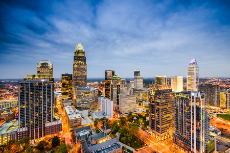 Photo pour Charlotte, North Carolina, USA uptown city skyline. - image libre de droit