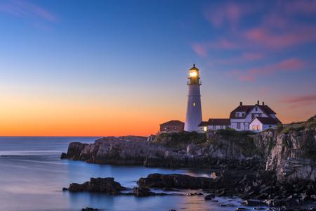 Foto de Portland Head Light in Cape Elizabeth, Maine, USA. - Imagen libre de derechos