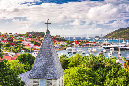Photo pour Saint Barthelemy Carribean view from behind Saint Barthelemy Anglican Church. - image libre de droit