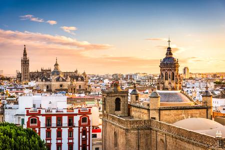 Foto de Seville, Spain skyline in the Old Quarter. - Imagen libre de derechos