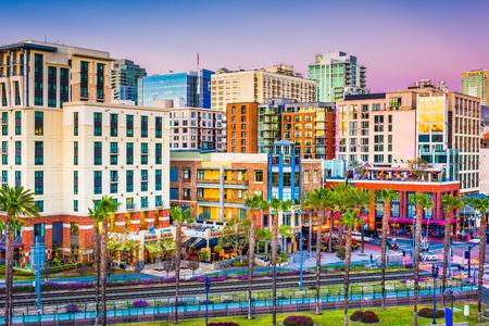 Photo pour San Diego, California, USA downtown city skyline. - image libre de droit