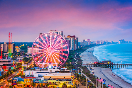 Photo pour Myrtle Beach, South Carolina, USA city skyline. - image libre de droit
