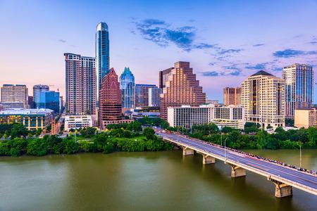 Photo pour Austin, Texas, USA downtown skyline. - image libre de droit