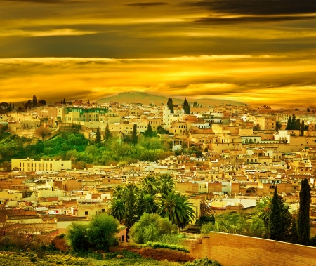 Photo pour Morocco, a landscape of a city wall in the city of Fes - image libre de droit