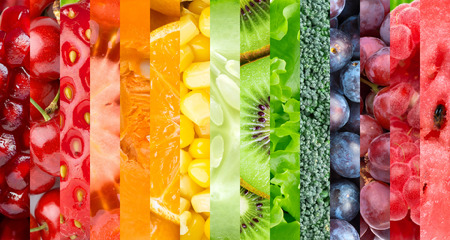 Foto de Healthy food background. Collection with different fruits, berries and vegetables - Imagen libre de derechos