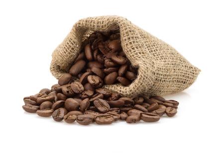 Foto de coffee beans in bag isolated on white background - Imagen libre de derechos