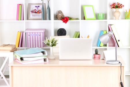 Foto de Workplace with laptop, close up - Imagen libre de derechos