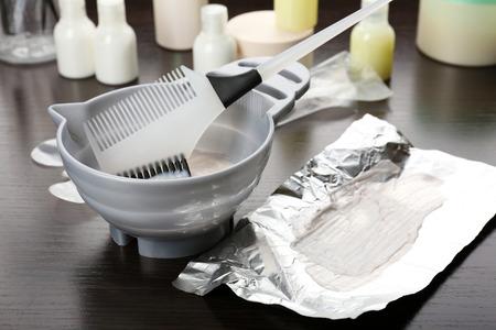 Foto de Hairdresser accessories for coloring hair, close-up - Imagen libre de derechos